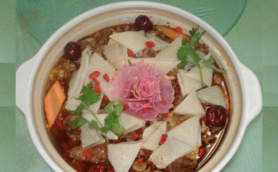富有益阳特色的民间美食——兰溪牛杂烩