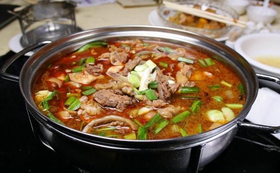 富有益阳特色的民间美食——伏狗火锅