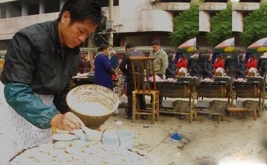 富有益阳特色的街头小吃——发粑粑