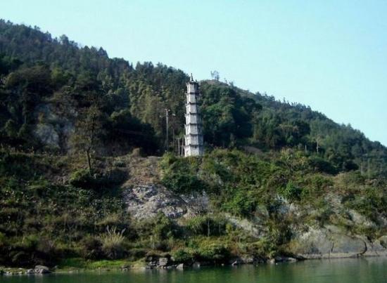 梅城双塔——千年风雨中矗立