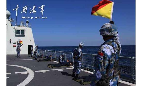 海军护航官兵:为保护生态环境暂停射击训练
